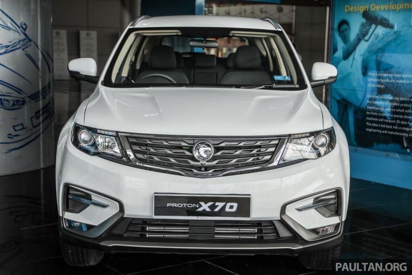 Proton X70 CKD dilancarkan secara rasmi – harga bermula RM95k, kotak gear DCT 7-kelajuan, 4 varian Image #1081010