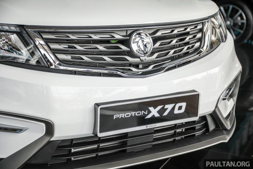 Proton X70 CKD dilancarkan secara rasmi – harga bermula RM95k, kotak gear DCT 7-kelajuan, 4 varian Image #1081020