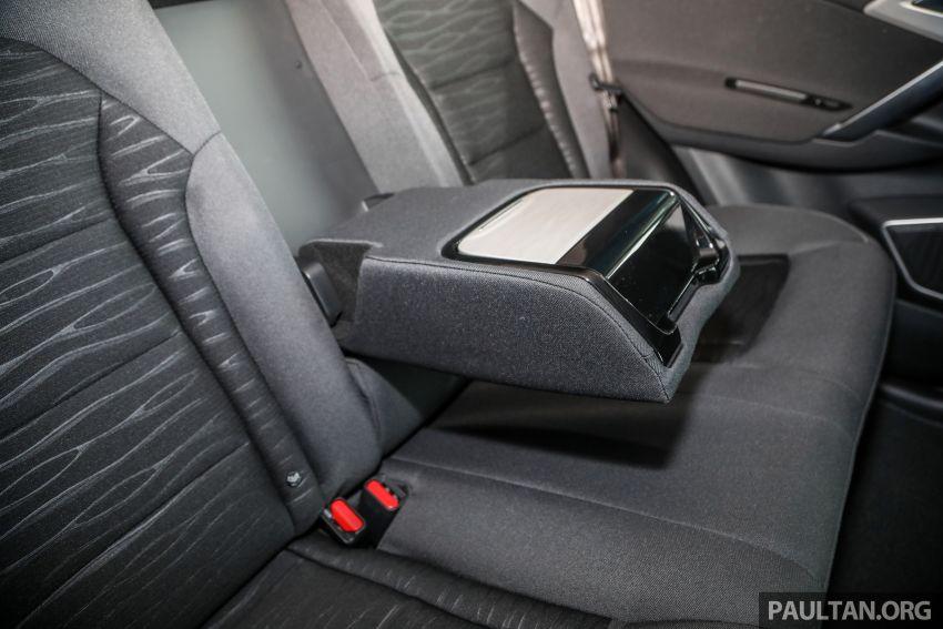 Proton X70 CKD dilancarkan secara rasmi – harga bermula RM95k, kotak gear DCT 7-kelajuan, 4 varian Image #1081096