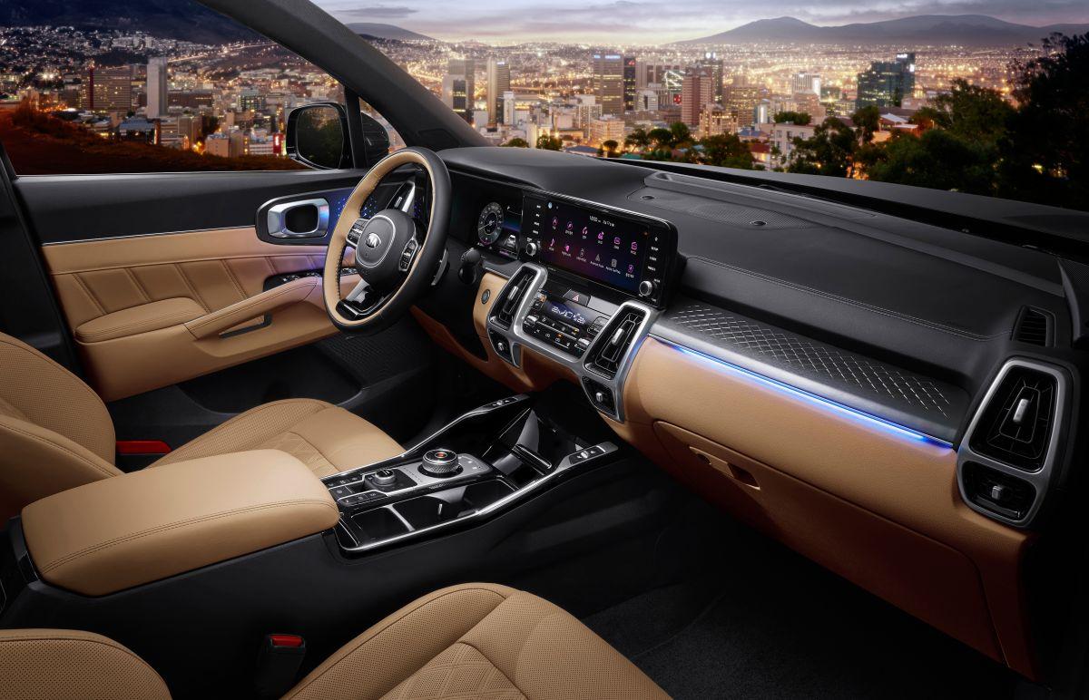2021 Kia Sorento: first photos released, interior shown ...