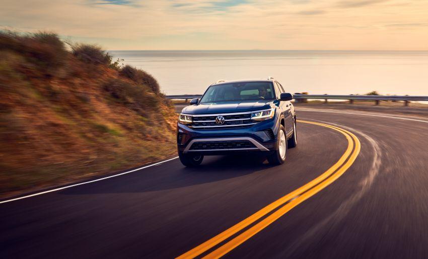 2021 Volkswagen Atlas debuts – 7-seat SUV refreshed Image #1078243