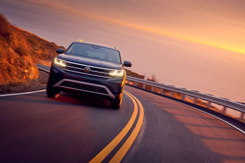 2021 Volkswagen Atlas debuts – 7-seat SUV refreshed Image #1078249