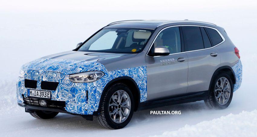SPYSHOTS: BMW iX3 to debut at Geneva Motor Show? Image #1086526