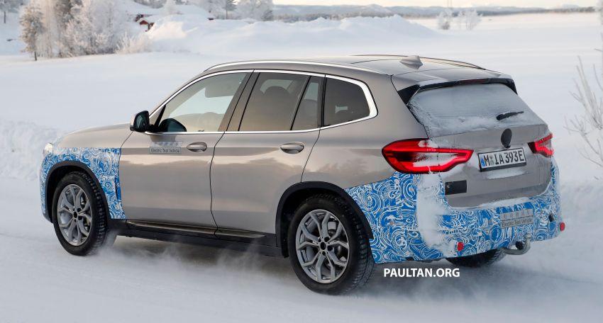 SPYSHOTS: BMW iX3 to debut at Geneva Motor Show? Image #1086522
