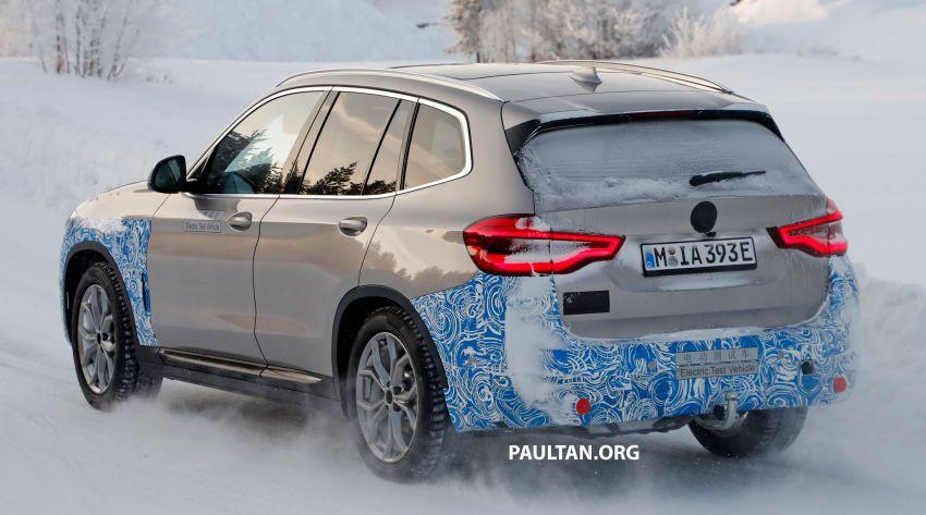 SPYSHOTS: BMW iX3 to debut at Geneva Motor Show? Image #1086521