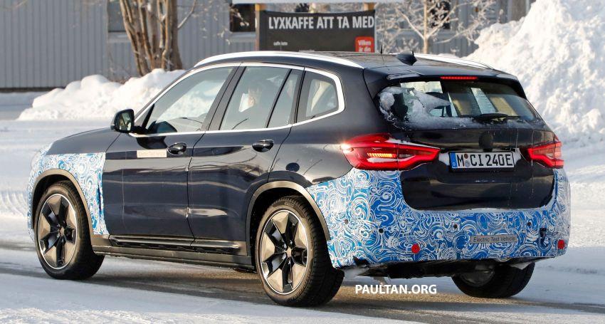 SPYSHOTS: BMW iX3 to debut at Geneva Motor Show? Image #1086529