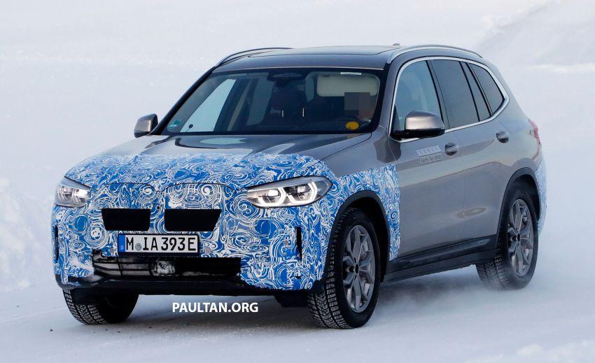 SPYSHOTS: BMW iX3 to debut at Geneva Motor Show? Image #1086527