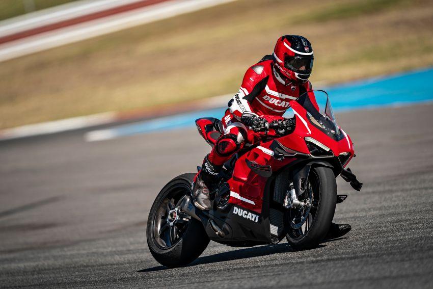 Ducati Panigale Superleggera V4 – superbike produksi paling berkuasa dan maju Ducati, casis gentian karbon Image #1078456