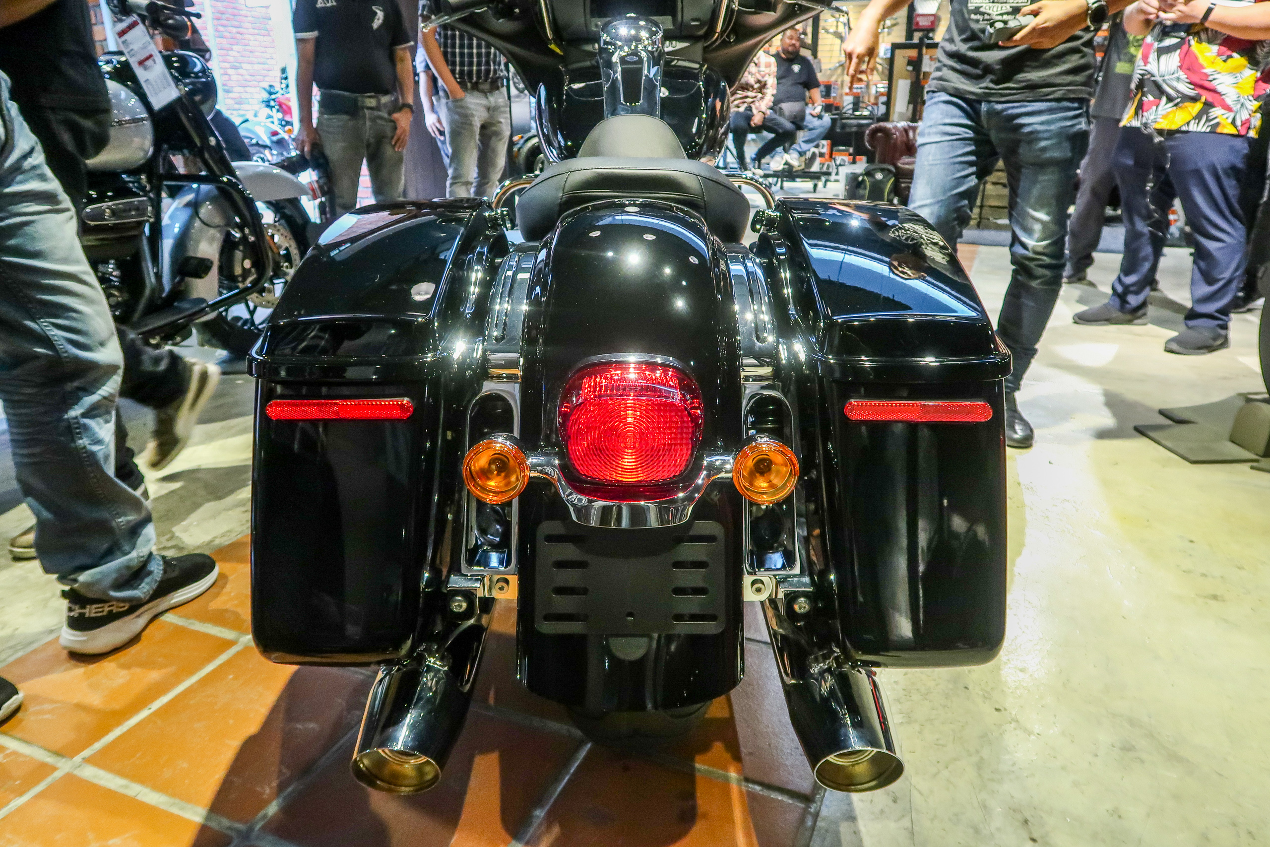 2020 Harley-Davidson Electra Glide Standard launched in ...