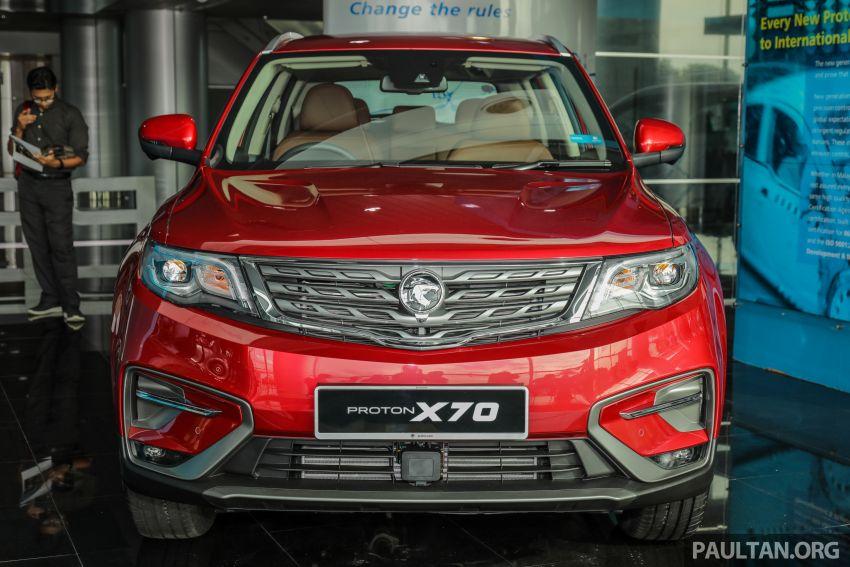 Proton X70 CKD dilancarkan secara rasmi – harga bermula RM95k, kotak gear DCT 7-kelajuan, 4 varian Image #1081257