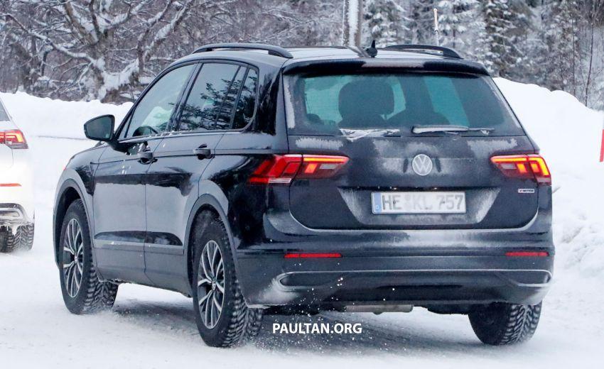 SPYSHOTS: Volkswagen Tiguan facelift seen on test Image #1081130