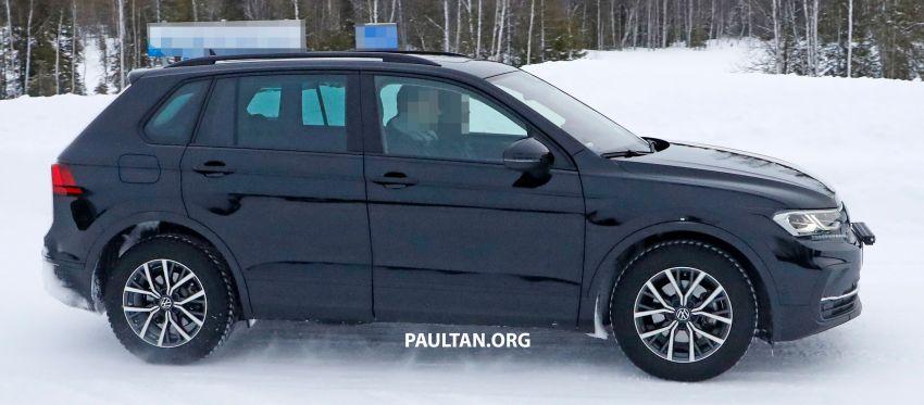 SPYSHOTS: Volkswagen Tiguan facelift seen on test Image #1081125