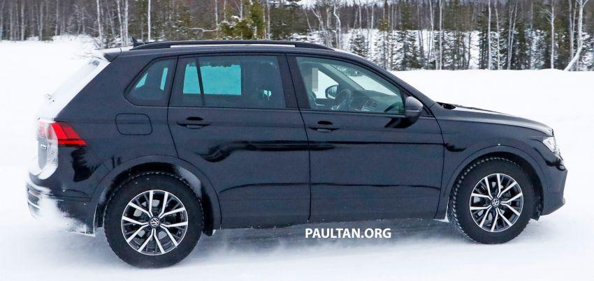 SPYSHOTS: Volkswagen Tiguan facelift seen on test Image #1081124