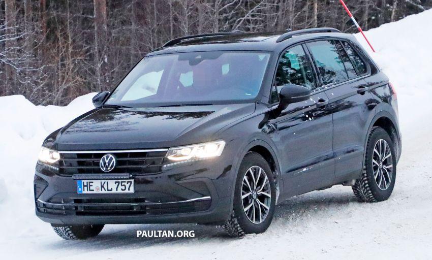 SPYSHOTS: Volkswagen Tiguan facelift seen on test Image #1081138