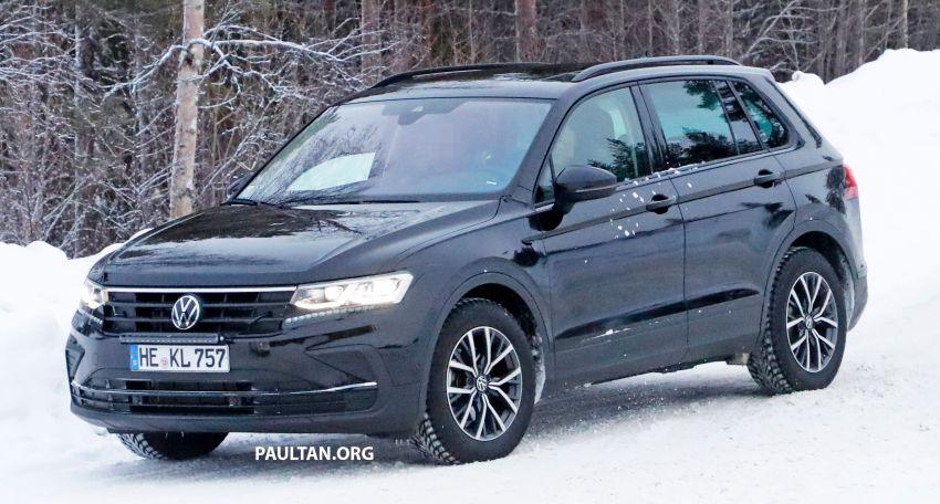SPYSHOTS: Volkswagen Tiguan facelift seen on test Image #1081137