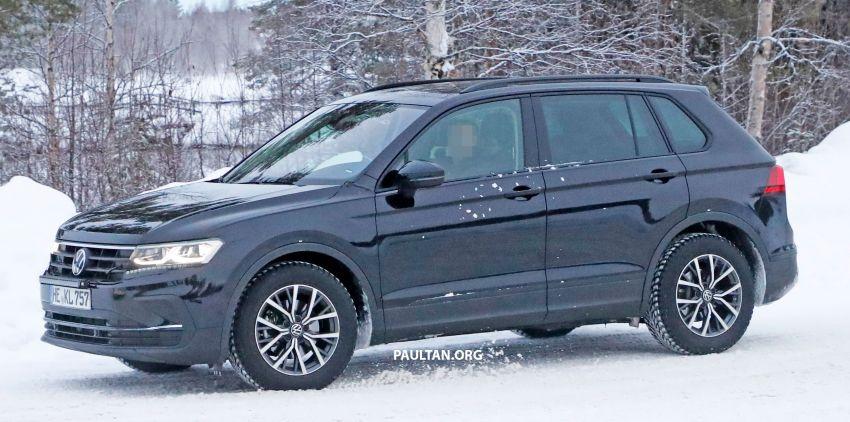 SPYSHOTS: Volkswagen Tiguan facelift seen on test Image #1081135