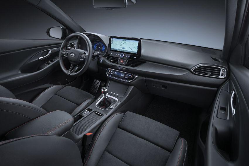 Hyundai i30 2020 – imej depan baru; ciri keselamatan, ketersambungan dinaiktaraf; pilihan <em>mild hybrid</em> Image #1087345