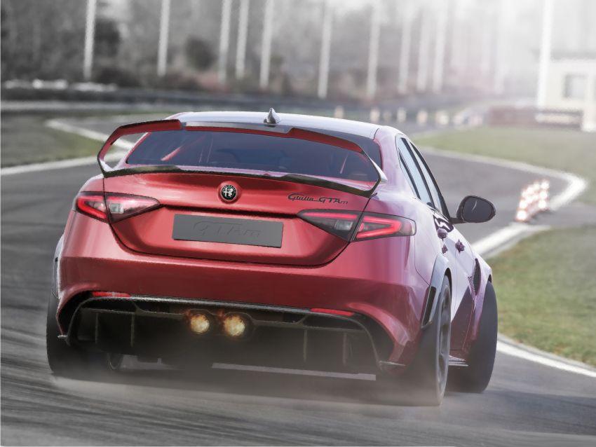 Alfa Romeo Giulia GTA debuts – steroidal Quadrifoglio gets 2.9L biturbo V6, 540 hp; limited to 500 units only! Image #1090136