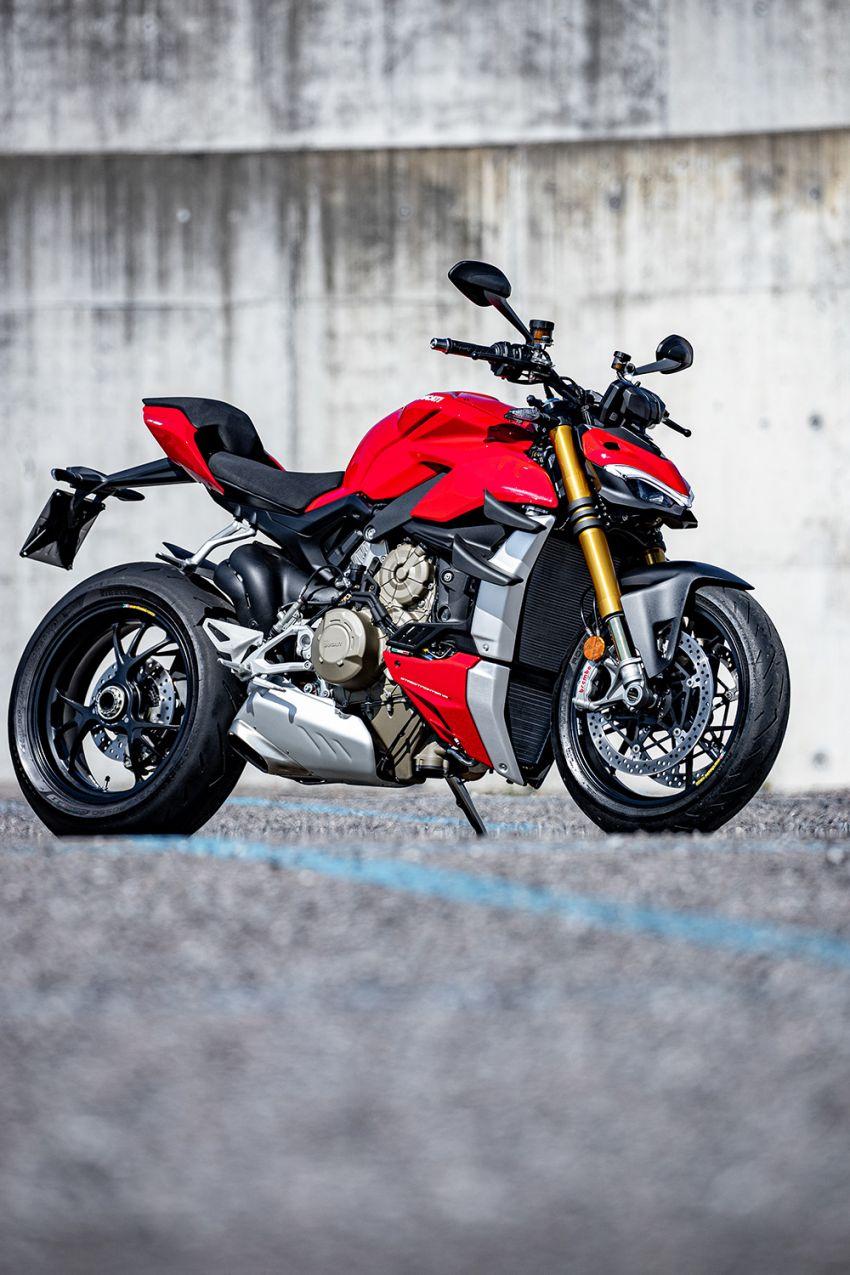 GALLERY: Ducati Streetfighter V4S super naked bike Image #1100132