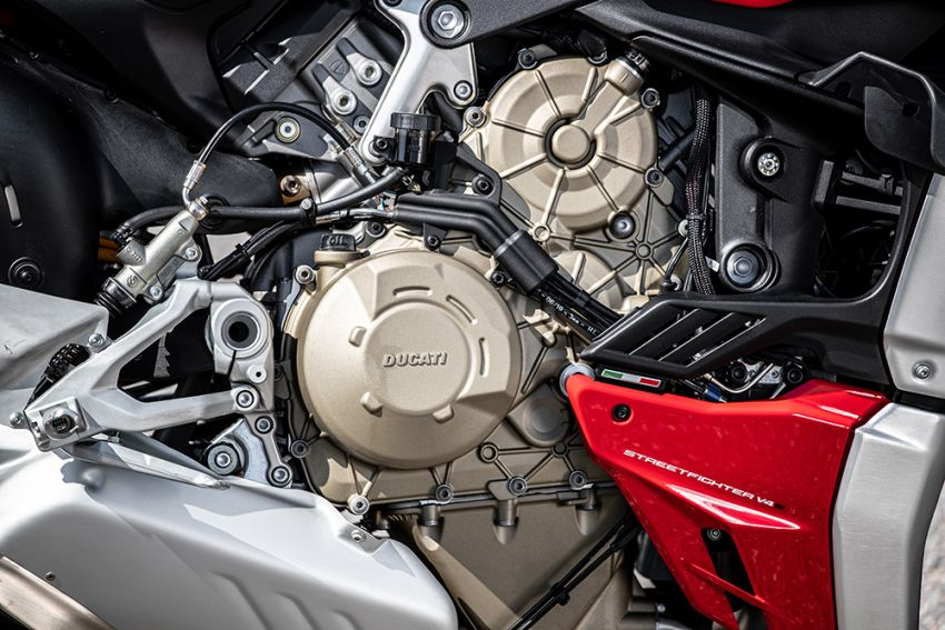 GALLERY: Ducati Streetfighter V4S super naked bike Image #1100143