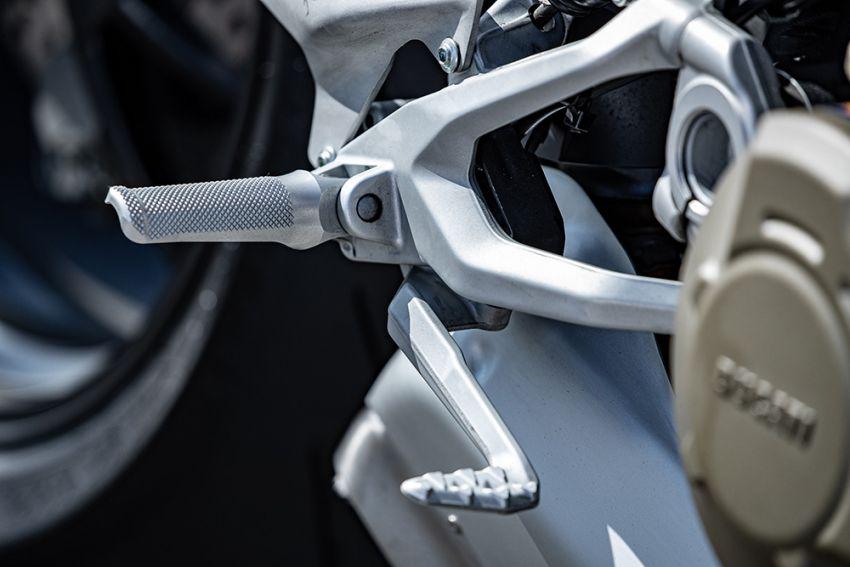GALLERY: Ducati Streetfighter V4S super naked bike Image #1100149