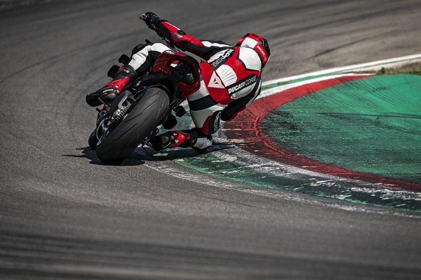 GALLERY: Ducati Streetfighter V4S super naked bike Image #1100314