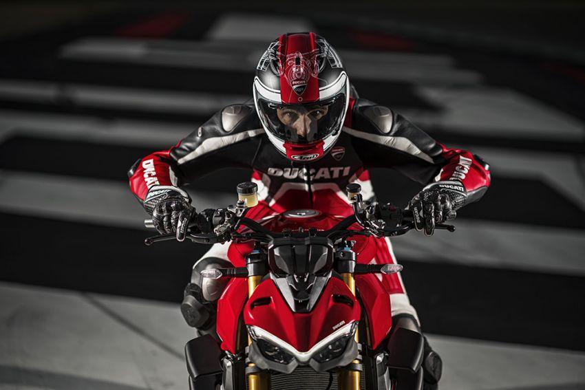 GALLERY: Ducati Streetfighter V4S super naked bike Image #1100323