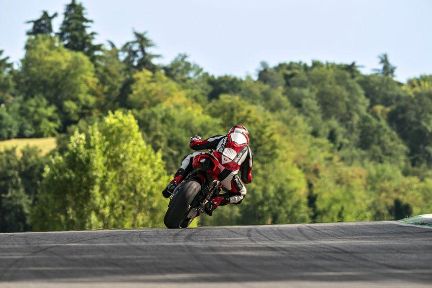 GALLERY: Ducati Streetfighter V4S super naked bike Image #1100341