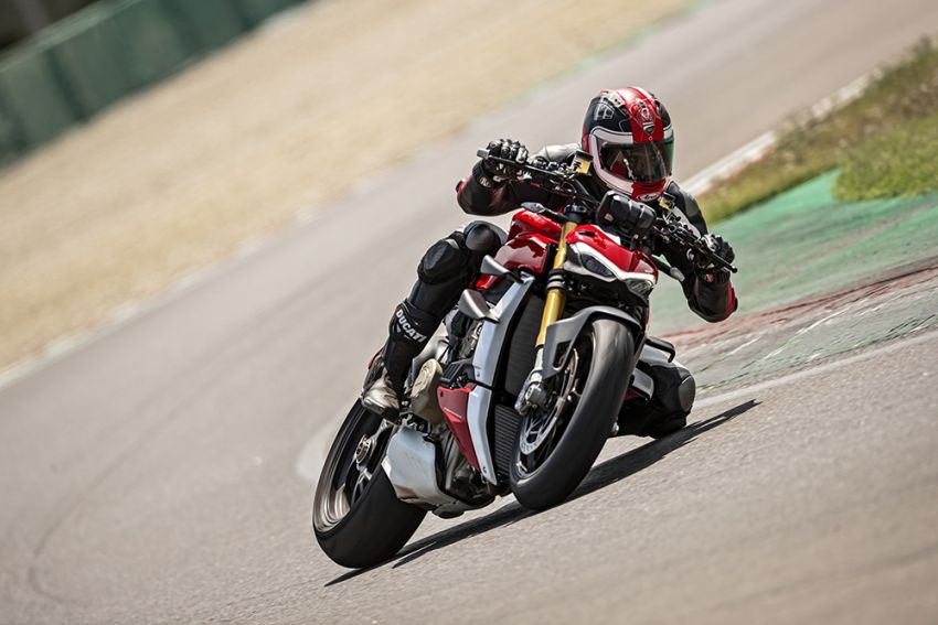 GALLERY: Ducati Streetfighter V4S super naked bike Image #1100383