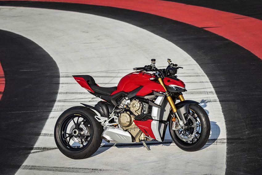 GALLERY: Ducati Streetfighter V4S super naked bike Image #1100388