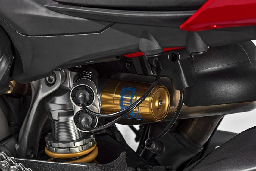 GALLERY: Ducati Streetfighter V4S super naked bike Image #1100426