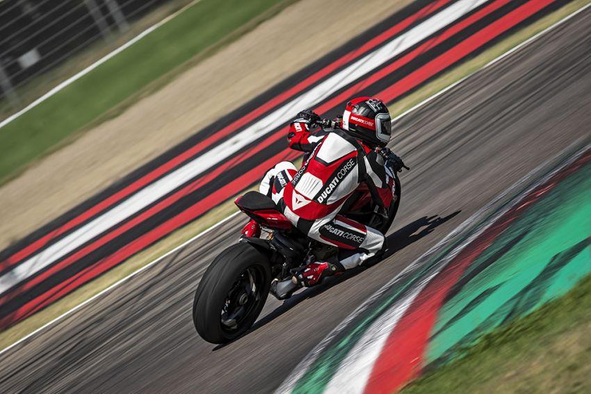 GALLERY: Ducati Streetfighter V4S super naked bike Image #1100437