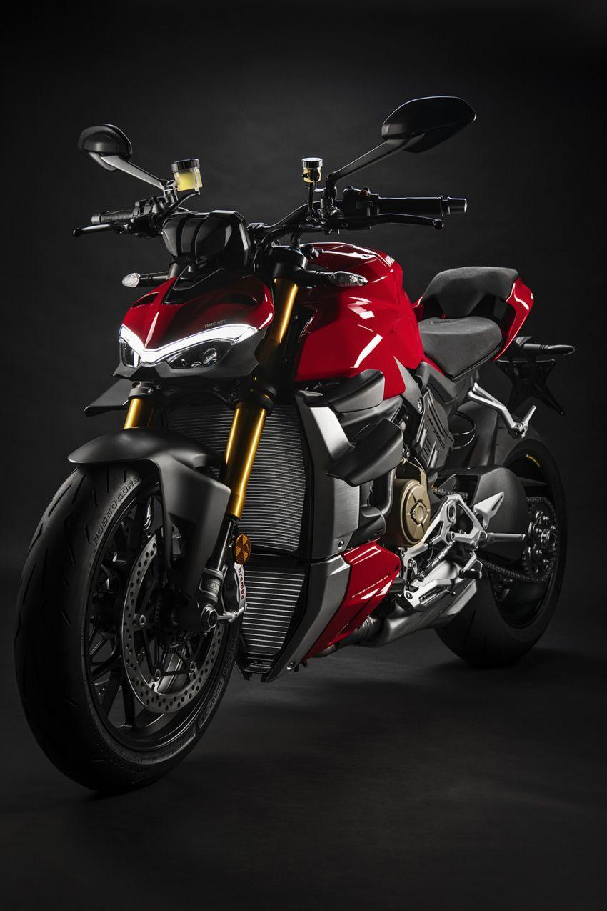 GALLERY: Ducati Streetfighter V4S super naked bike Image #1100125
