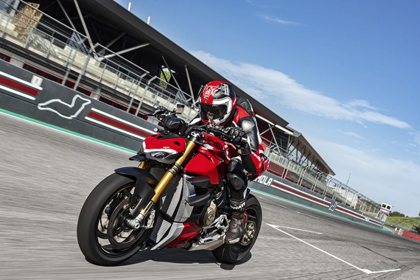 GALLERY: Ducati Streetfighter V4S super naked bike Image #1100394