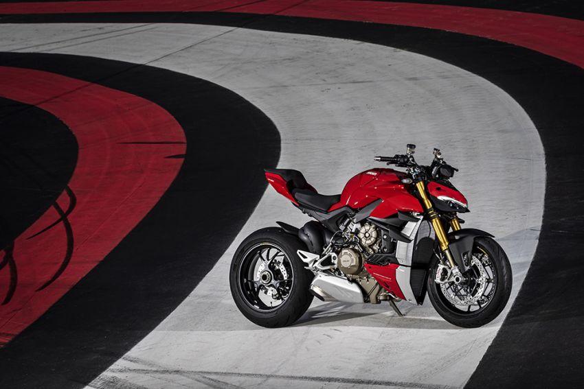 GALLERY: Ducati Streetfighter V4S super naked bike Image #1100395