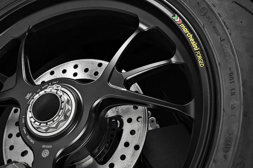 GALLERY: Ducati Streetfighter V4S super naked bike Image #1100402