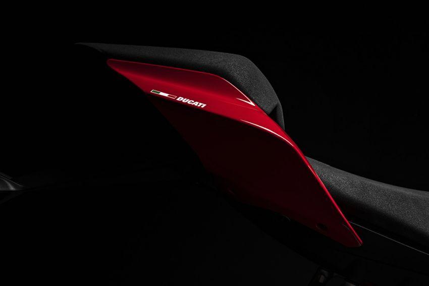 GALLERY: Ducati Streetfighter V4S super naked bike Image #1100403