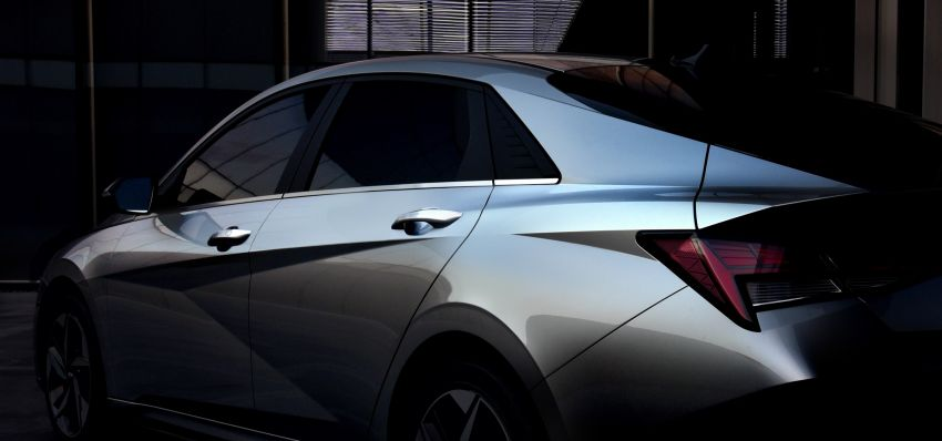 2021 Hyundai Elantra, Elantra Hybrid debut – four-door coupe style, dual-screen setup, 64-colour LED lights! Image #1096657