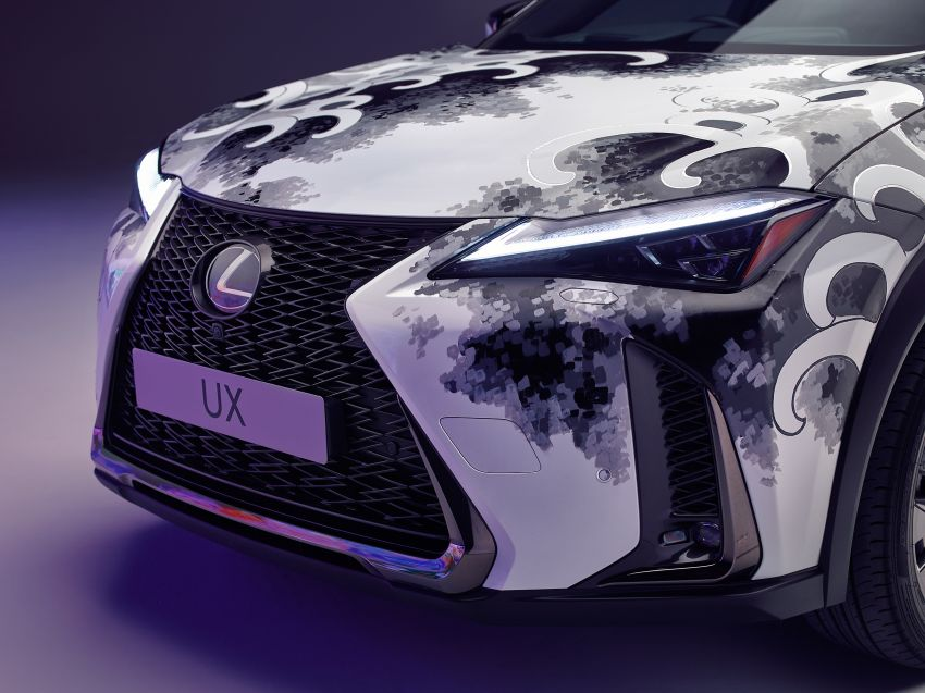 This 2020 Lexus UX is the world's first tattooed car Image #1100331