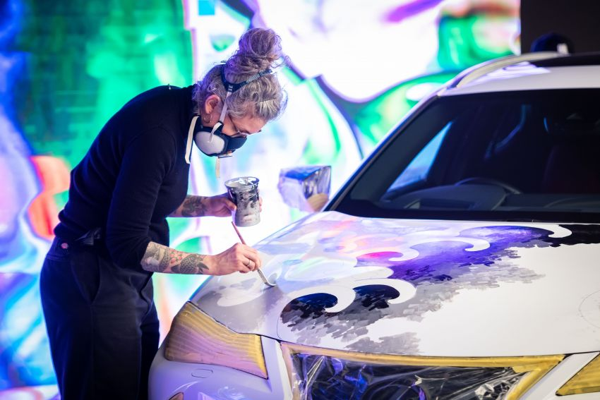 This 2020 Lexus UX is the world's first tattooed car Image #1100229