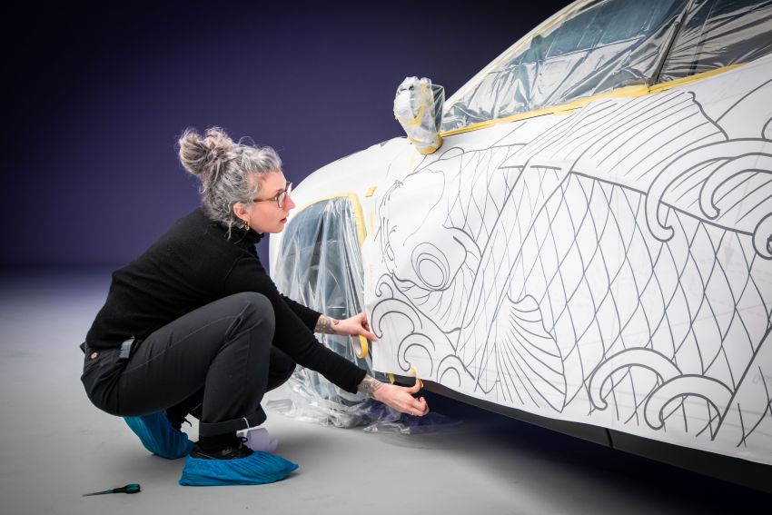 This 2020 Lexus UX is the world's first tattooed car Image #1100236