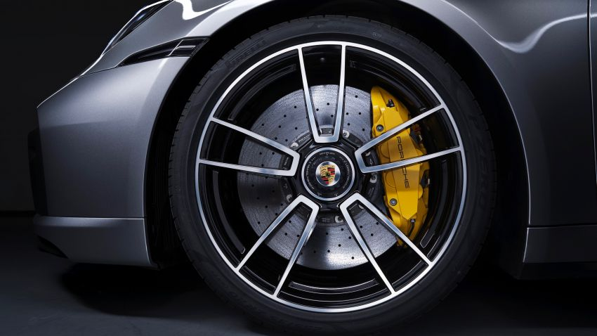 2020 Porsche 911 Turbo S – 650 PS/800 Nm 3.8 litre biturbo flat-six; 330 km/h, 0-100 km/h in 2.7 seconds! Image #1090755