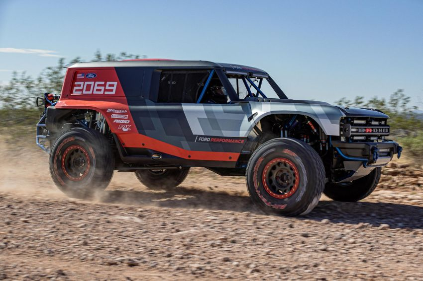 2021 Ford Bronco takes aim at Jeep, details to be released next week – smaller Bronco Sport on the way Image #1095607