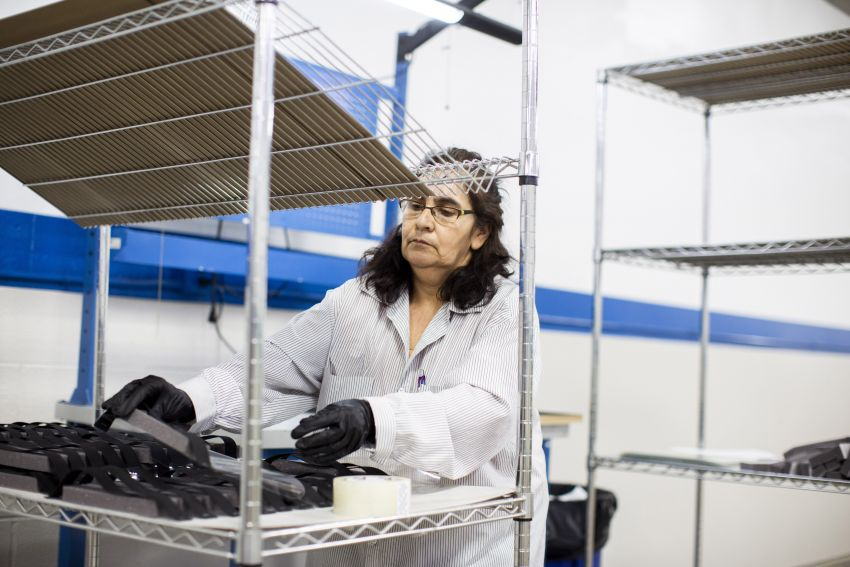Ford working with 3M, GE Healthcare to speed up production of respirators, ventilators for Covid-19 Image #1099303