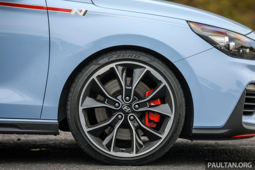 PANDU UJI: Hyundai i30 N – Albert Biermann tak tipu! Image #1093914