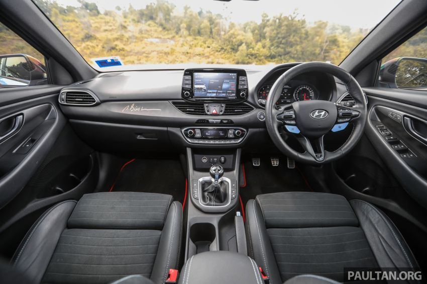 PANDU UJI: Hyundai i30 N – Albert Biermann tak tipu! Image #1093940