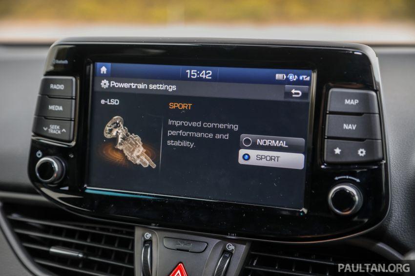 PANDU UJI: Hyundai i30 N – Albert Biermann tak tipu! Image #1093975