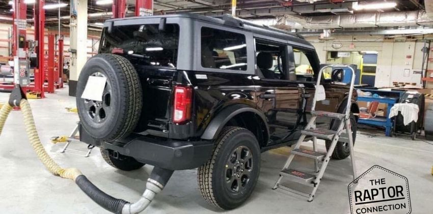 Ford Bronco production shape leaked ahead of debut Image #1095026
