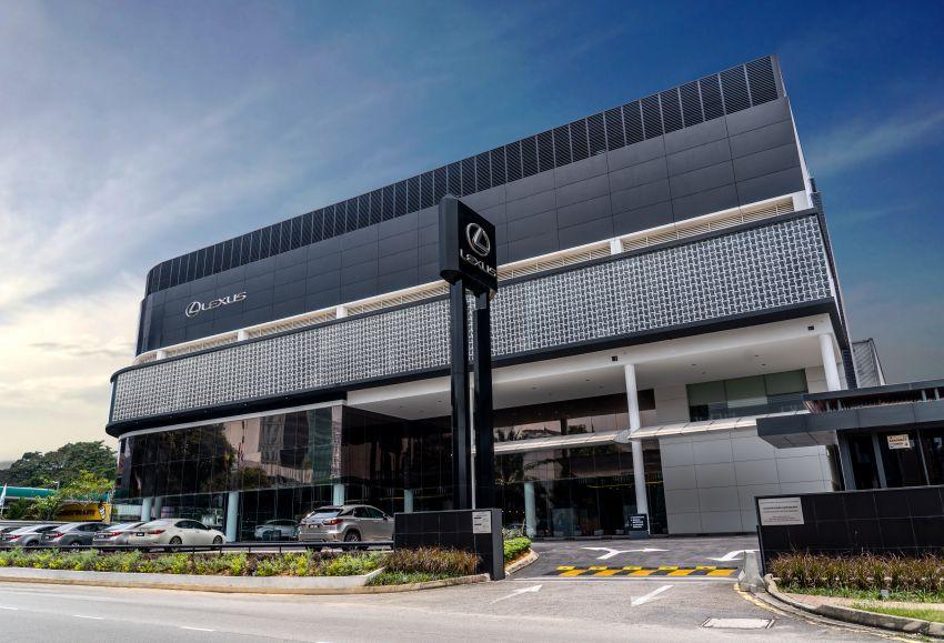 UMW shuts Toyota & Lexus centres, cancels Vios race Image #1096526