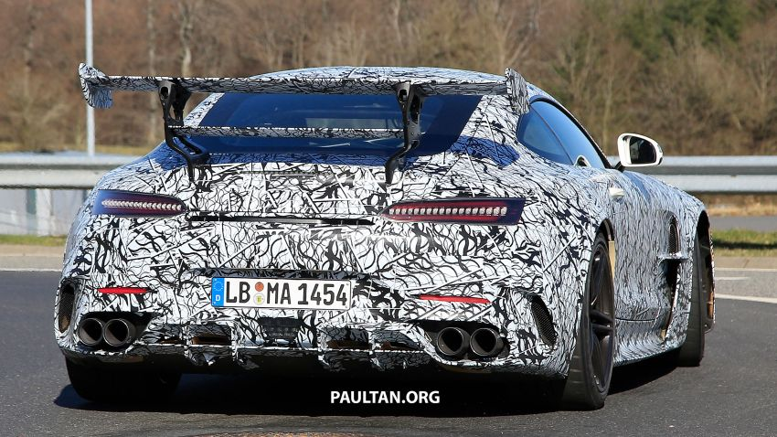 SPYSHOTS: Mercedes-AMG GT Black Series – more aggressive aero, 700 hp/750 Nm; flat-crank engine? Image #1099402